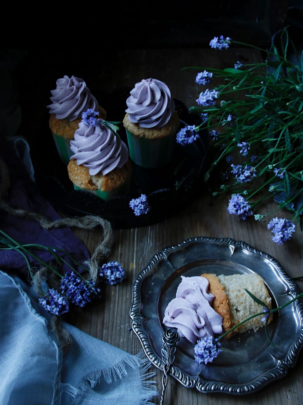 Earl Grey cupcakes med lavender frosting 7
