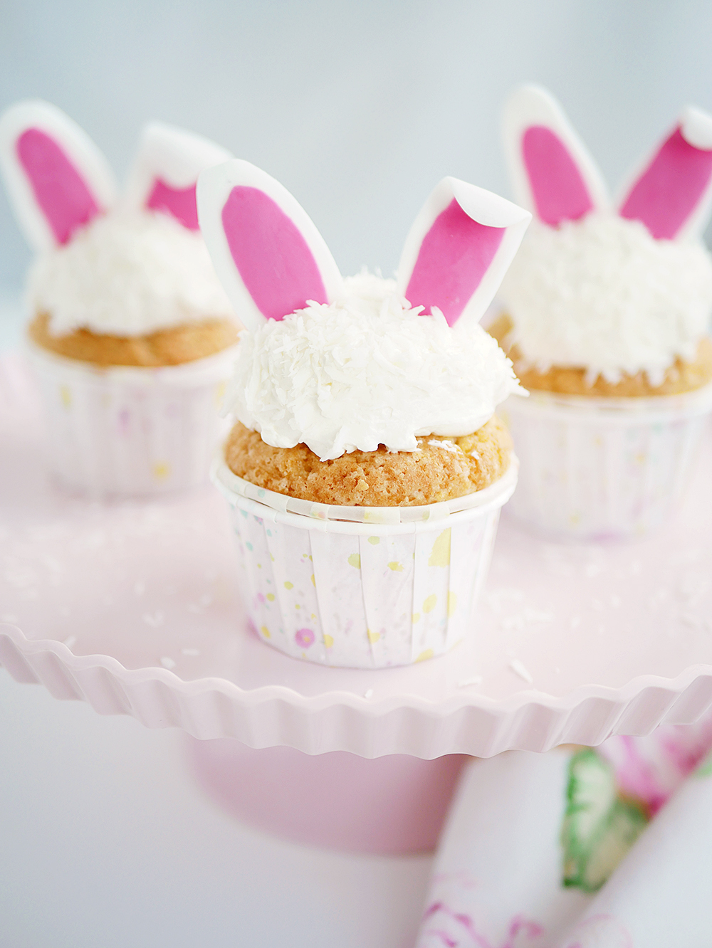 Hare-cupcakes