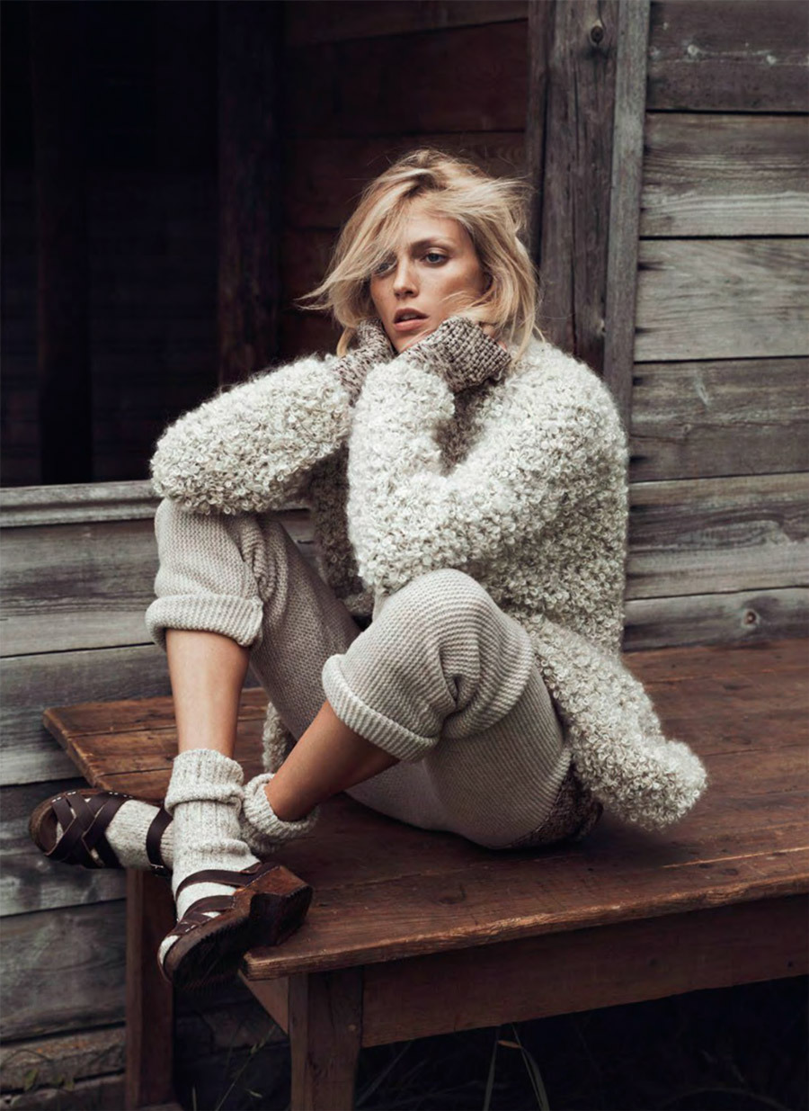 anja-rubik-by-lachlan-bailey-for-vogue-paris-october-2014
