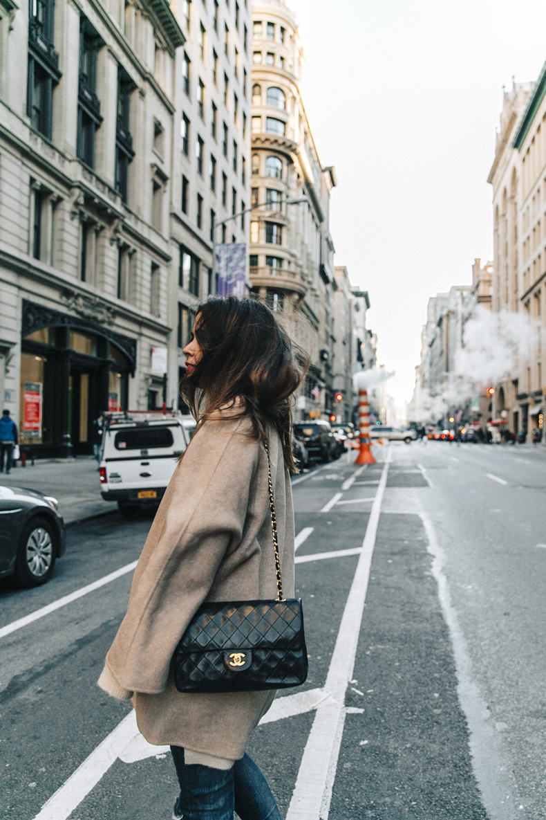 Manhattan-Beige_Cardigan_ASOS-Ripped_Jeans-Billabong_Tee-Superga_Sneakers-Outfit-StreetSTyle-Collage_Vintage-NY-12