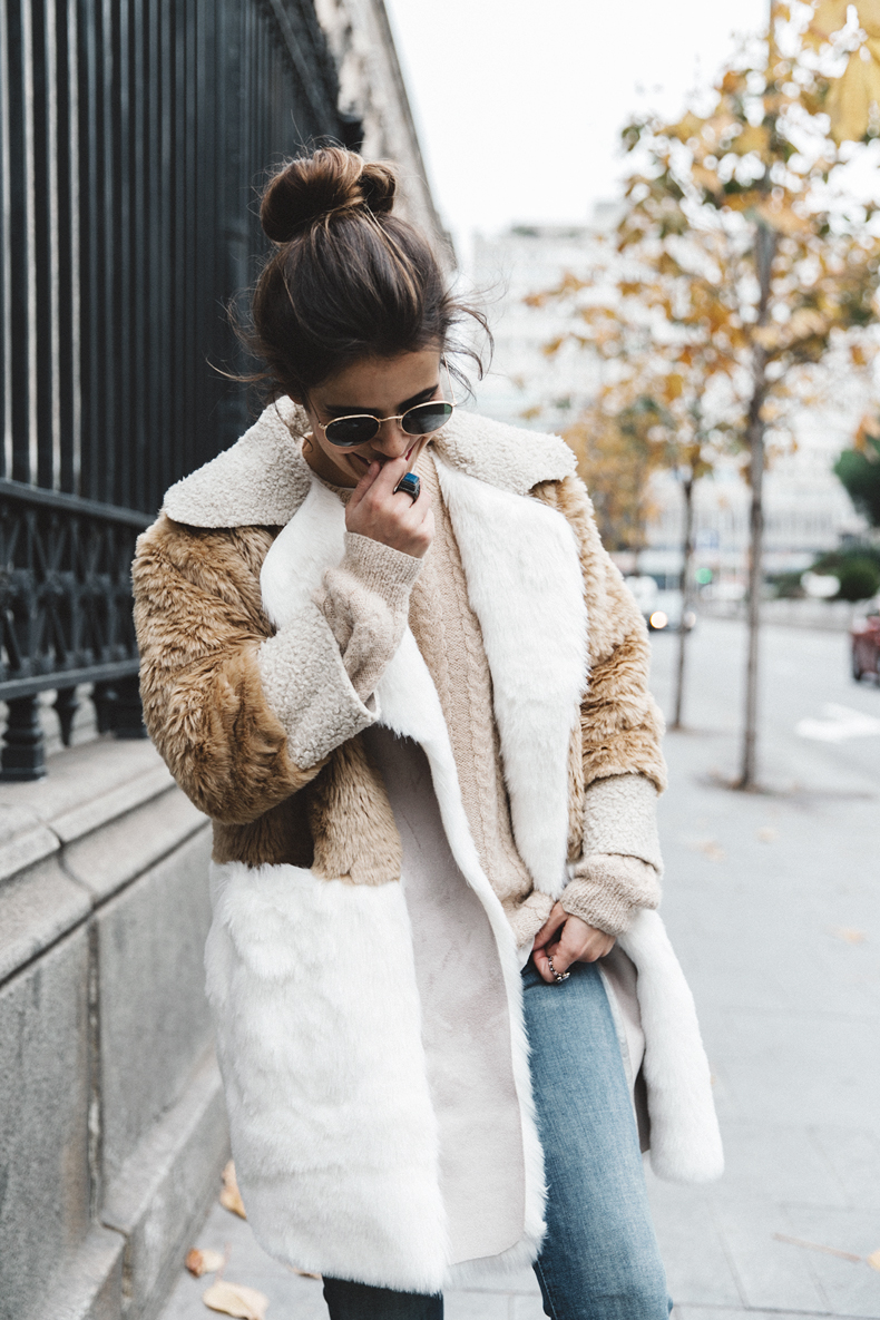 Patchwork_Coat-Faux_Fur_Coat-Asos-Mother_Jeans-Denim-Cable_Knit_Sweater-Snake_Effect_Booties-Topknot-Collage_Vintage-Street_Style-Outfit-18