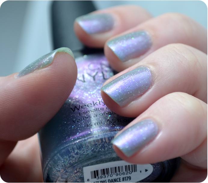 cnd-dazzling-dance-gilded-dreams-2014