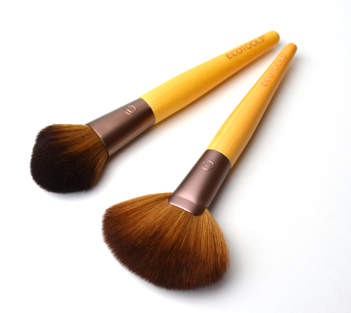 ecotools fan brush deluxe blush brush tapered