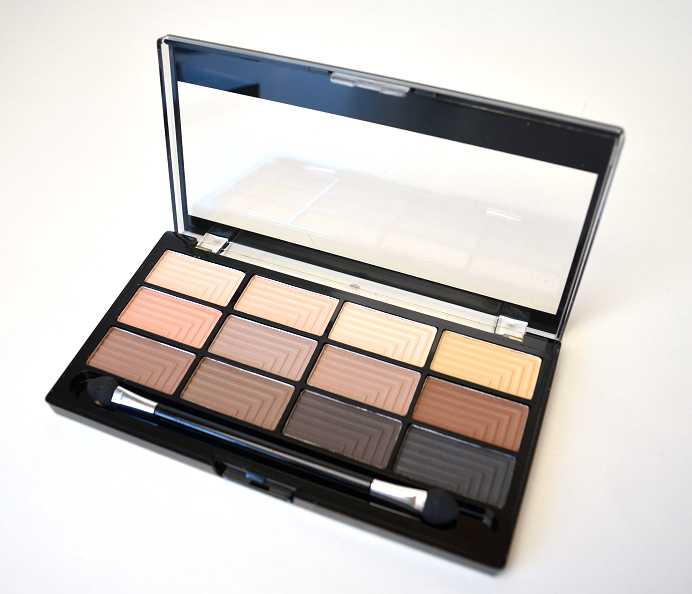 freedom makeup audacious 12 mattes palette review