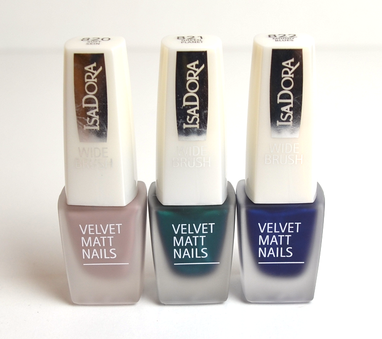 isadora velvet matt nails 2015 soft skin green planet moody blues4