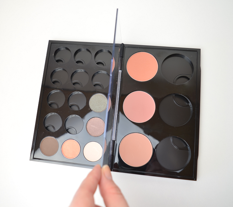 mac pro palette double inside