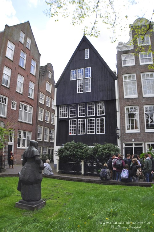 oldest tree house in Amsterdam / sevärdhet: Amsterdams äldsta trähus
