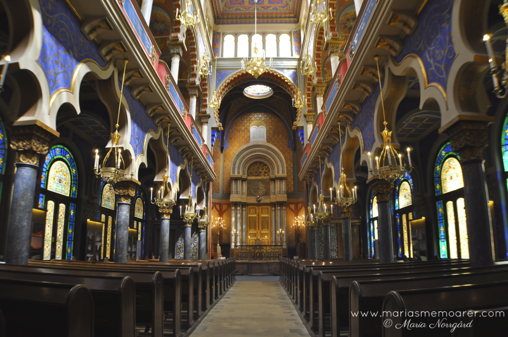synagogue in Prague - religious sightseeing travel