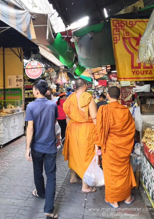 monks in Bangkok, Thailand - religious travel photography