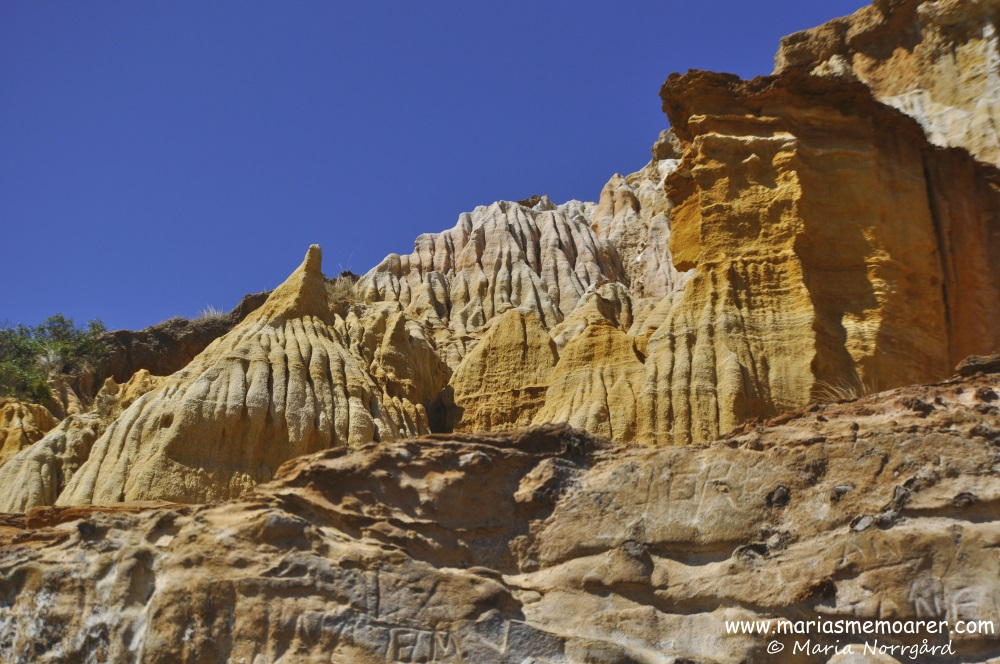fascinating red bluff cliffs - things to see in Melbourne, Victoria, Australia