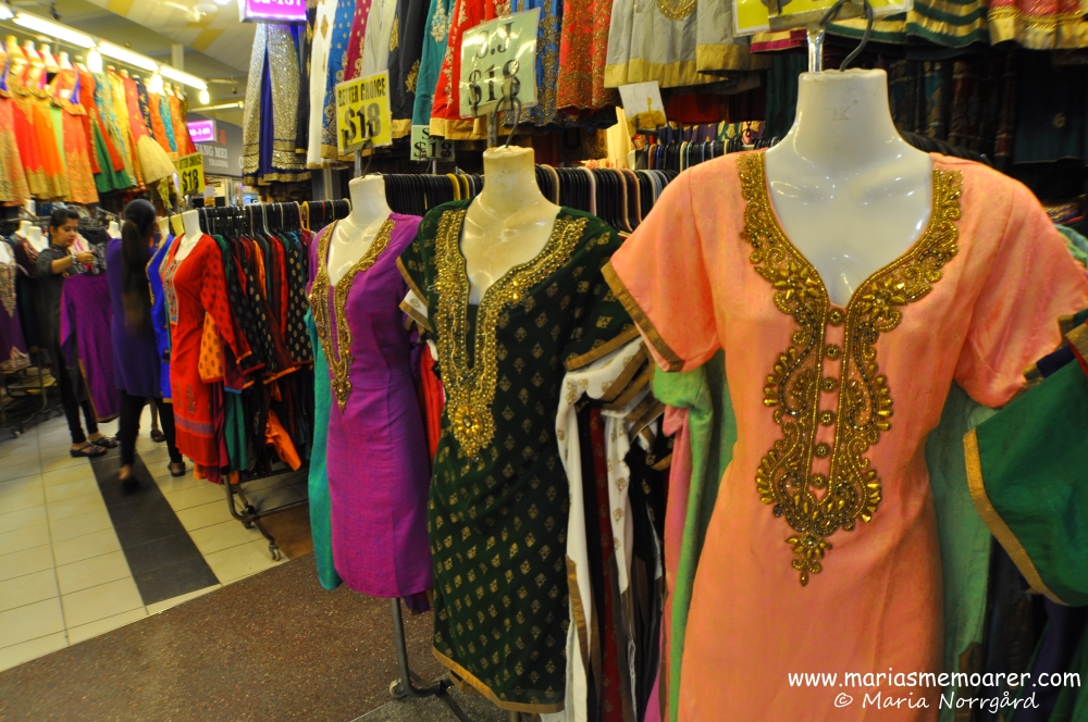 Shopping och vackra indiska kläder i Tekka Centre, Little India, Singapore / Shopping and beautiful Indian clothing