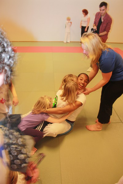 Capoeira för barn med downs syndrom.