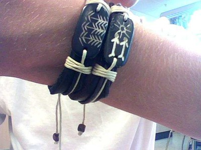 Augusts Armband
