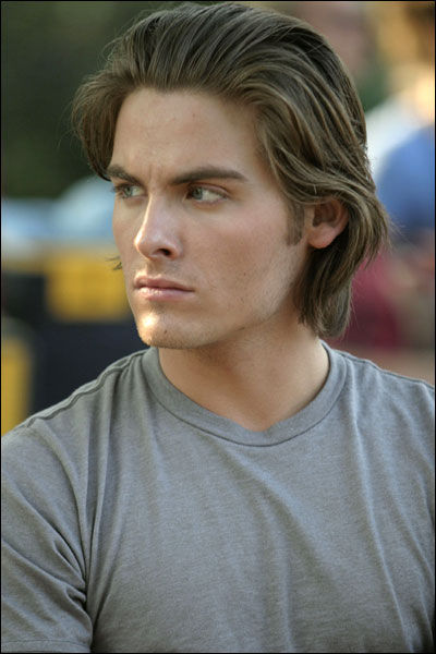 Kevin Zegers<3