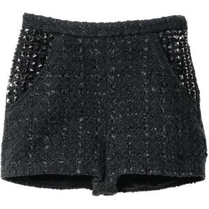 H&M Divided Exclusive tweed studded shorts. I really need this shorts. Aren't they fuckin' great?