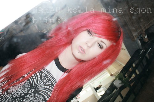 Louise Nosebleed hipster scene sweden EpicWaste girl queen vertical labret