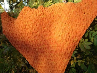 Candle flame shawl