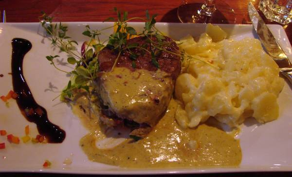 Tournedos at restaurant Dalwhinnie