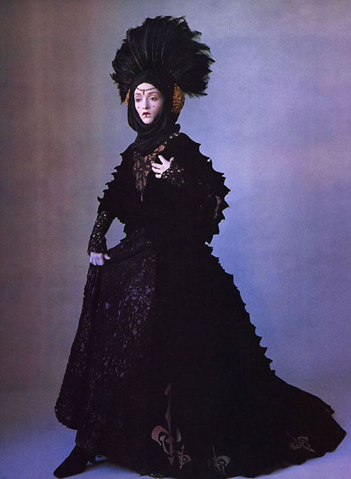Irving Penn for Vogue US April 1999 - Star Wars Couture 1